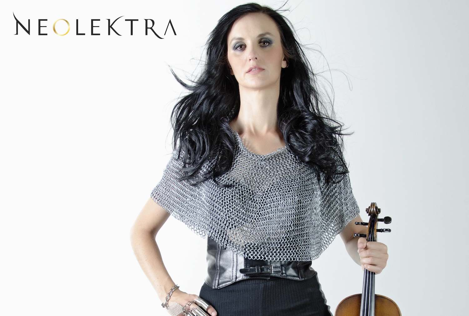 {Behind The Music} Neolektra on Birth of a Heroine