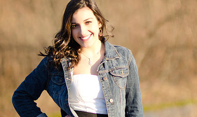 {Behind The Music} Holly Huntoon on Choose to Fly