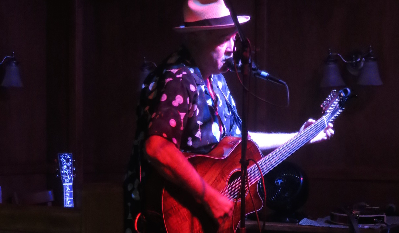 {Behind The Music} Siggie The Vintage Man on Ghostly Booze Cruise